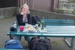 Kiki beim Picknick