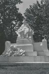 Brahms - Denkmal am Karlsplatz - Wien - Juli 1940